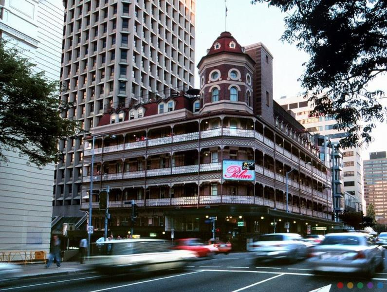 Base Brisbane Central Backpackers budget hotel Brisbane CBD