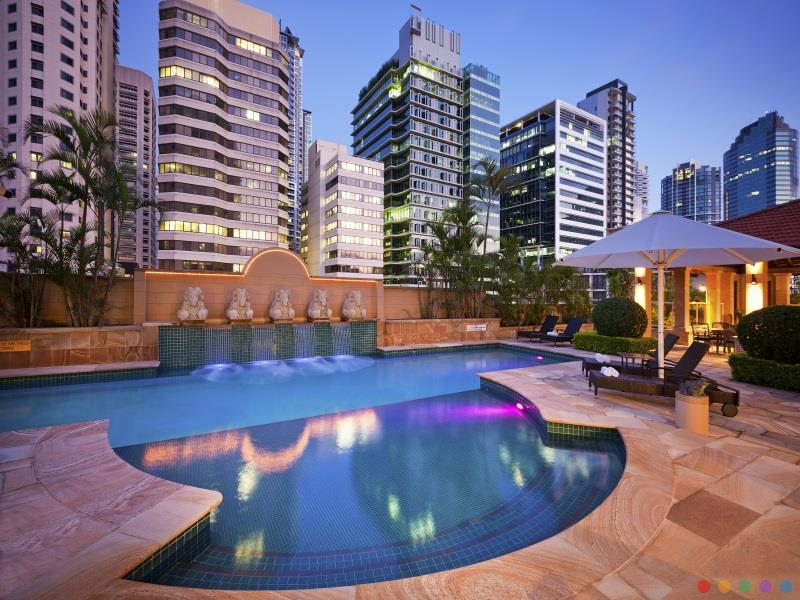 Quay West Suites Hotel luxury 5* hotel Brisbane CBD