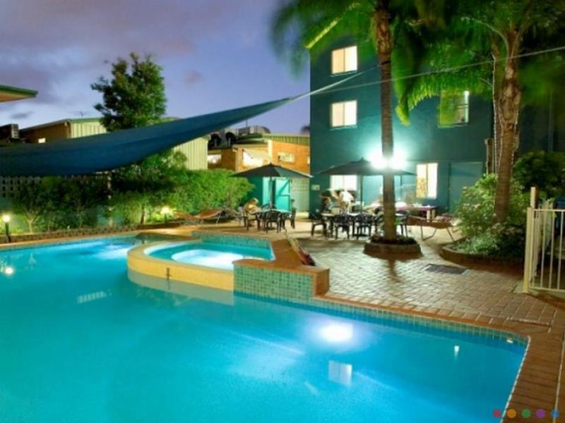 Aquarius Backpackers accommodation Southport Gold Coast