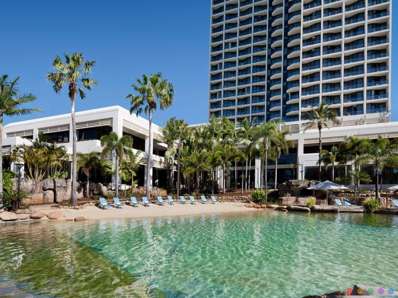 Surfers Paradise Marriott Resort & Spa luxury Hotel Gold Coast